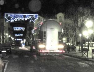 camion Tende la nuit